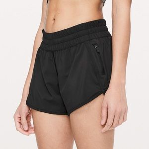"Lululemon Tracker Short V 4"" Size 8 Mint Condition"